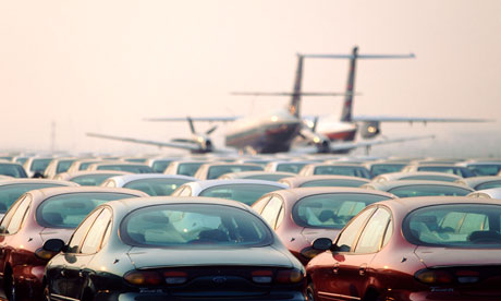 The Attraction Of Airport Parking Compared To An Airport Taxi