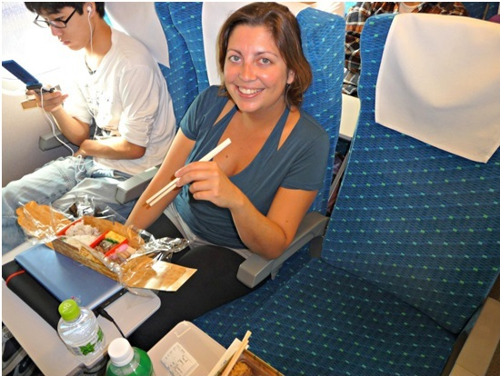 The Hunger Has Just Got Healthy and Delicious While Train Travel