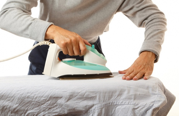 Follow These Tips To Avoid Wrinkle Clothes While Ironing
