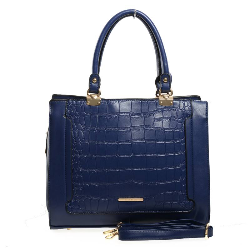 How To Choose and Wear Your Wholesale Handbags With Style?