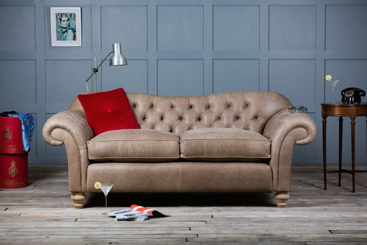 How To Find A Perfect Chesterfield Sofa For Your Living Room