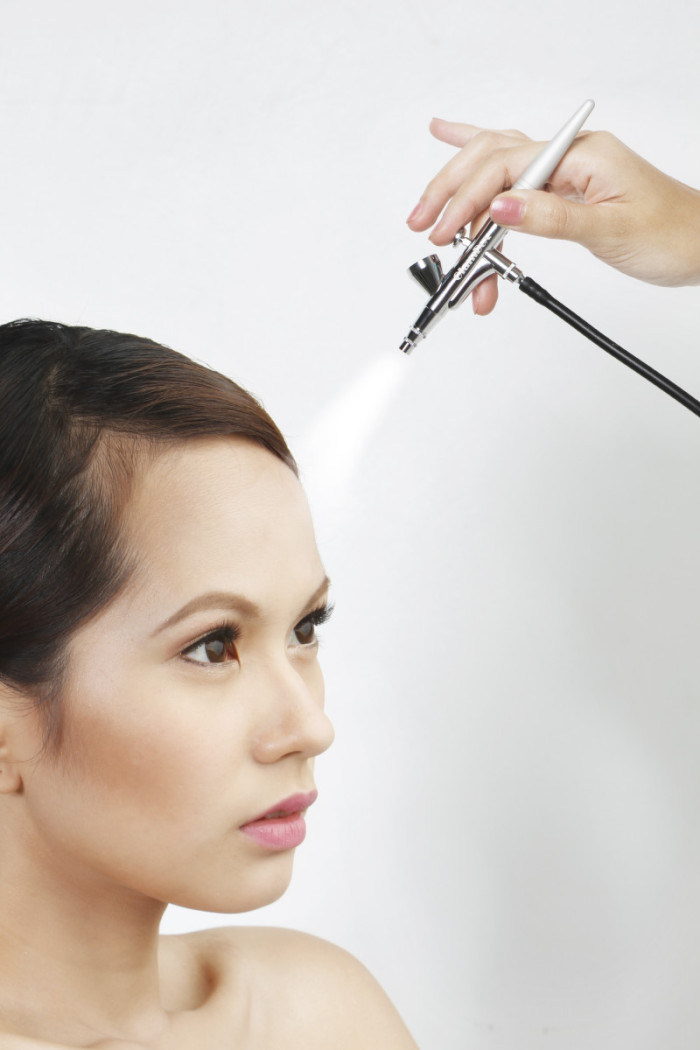 Topmost Advantages Of Airbrush Makeup