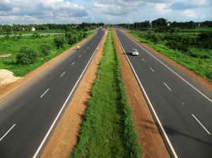 India's Finest Expressways For Some Dazzling Road Trips