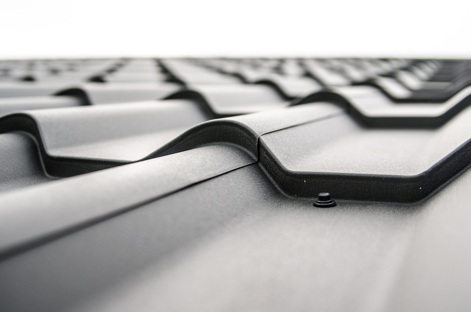 Tips To Consider When Choosing A Commercial Roofing Contractor
