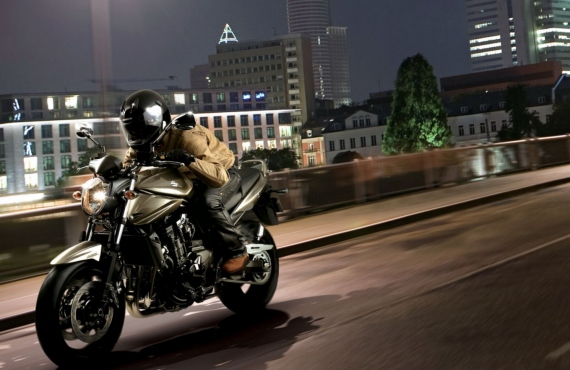 10 Useful Safety Tips For Newbie Motorcycle Riders