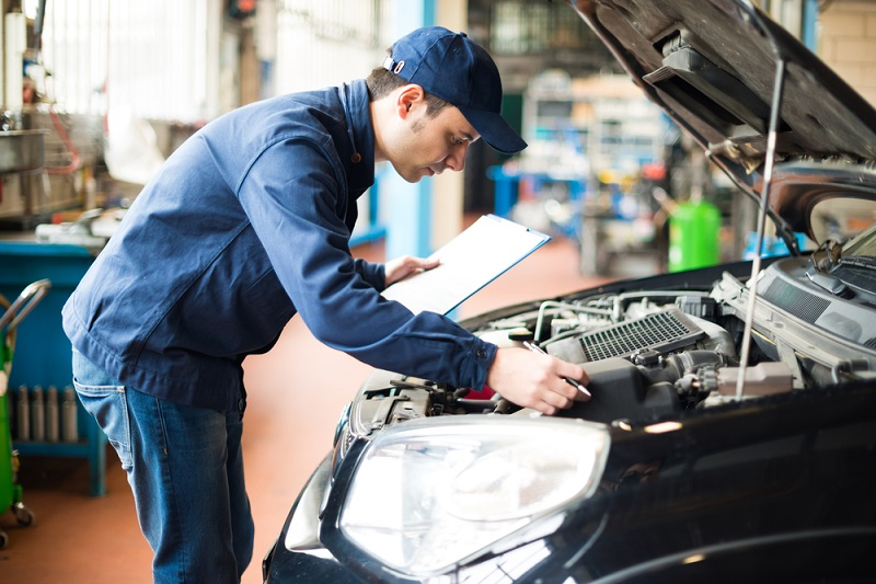 Reasons To Choose Log Book Servicing Over Normal Servicing