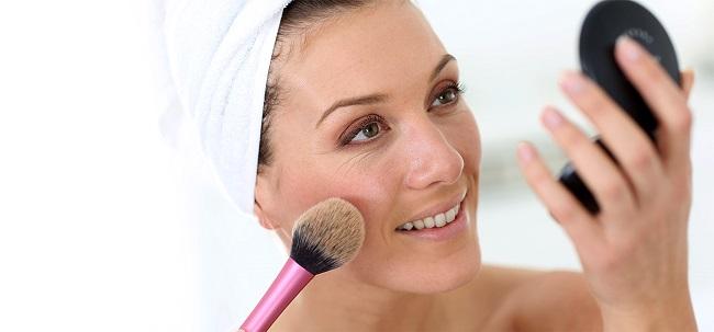 5 Simple Hacks To Improve Your Makeup Game On A Regular Basis