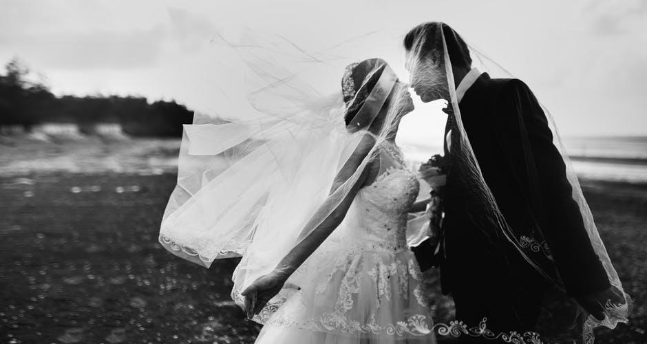 Charles Bishop Pompano Beach Florida Tells You Making The Perfect Wedding Album