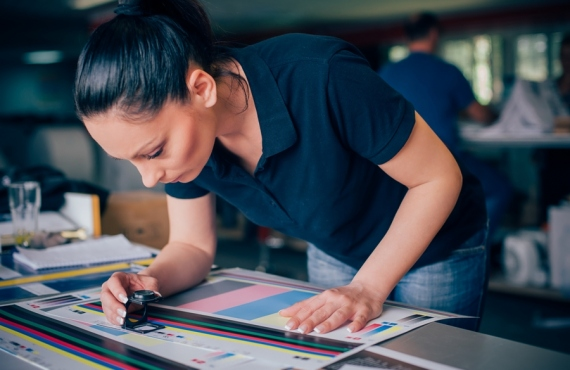 3 Things To Consider When Purchasing A Screen Printing Press