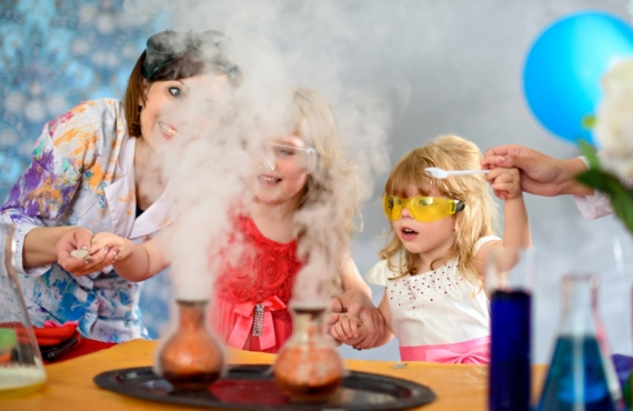 Add Extra Wow Factor by Hiring Science Entertainers For Kids Science Party
