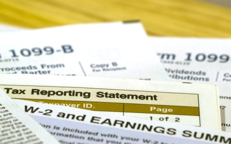 Filing Taxes? Things You Should Know About The 1099 Reporting Form