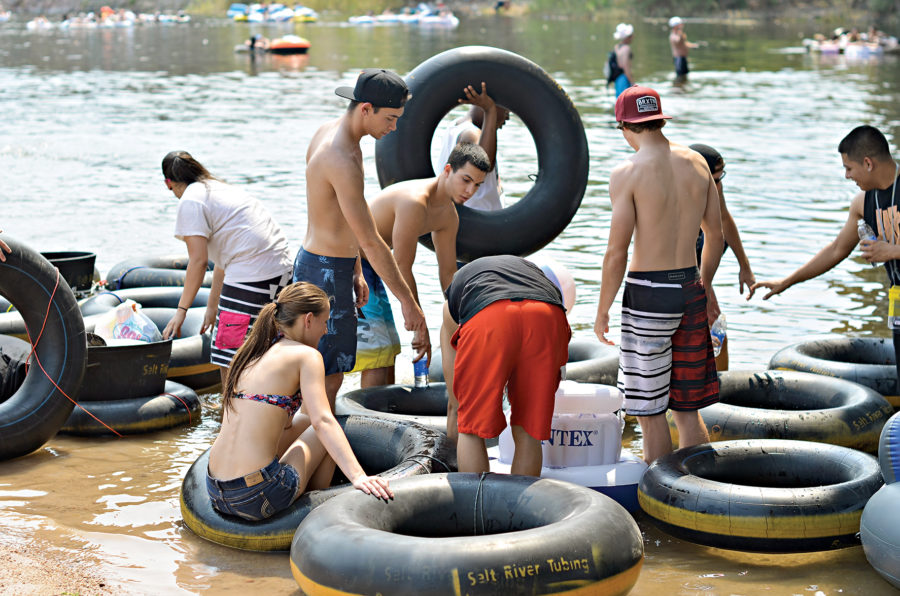 College Student's Guide to Salt River Tubing and Recreation